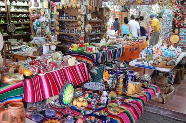 Mercado de artesanías en Cancún