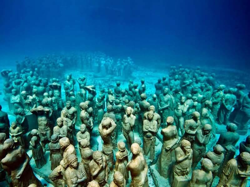 Museo subacuático MUSA en Cancún