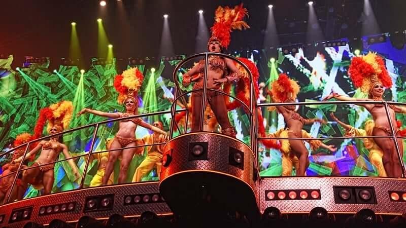 Fiesta en Coco Bongo en Cancún