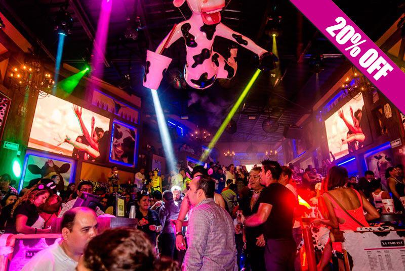 Diversión en el bar y discoteca La Vaquita en Cancún