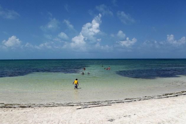 Diversión en Playa Las Perlas en Cancún
